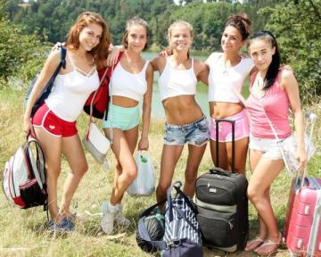 Nicole Love, Anabelle, Keira, Sara Kay, Antonia S - Wild And Crazy Girlfriend Vacation Part 1 (2016) HD 720p